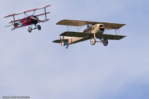 Spad VII and Fokker Dr.I Dogfight